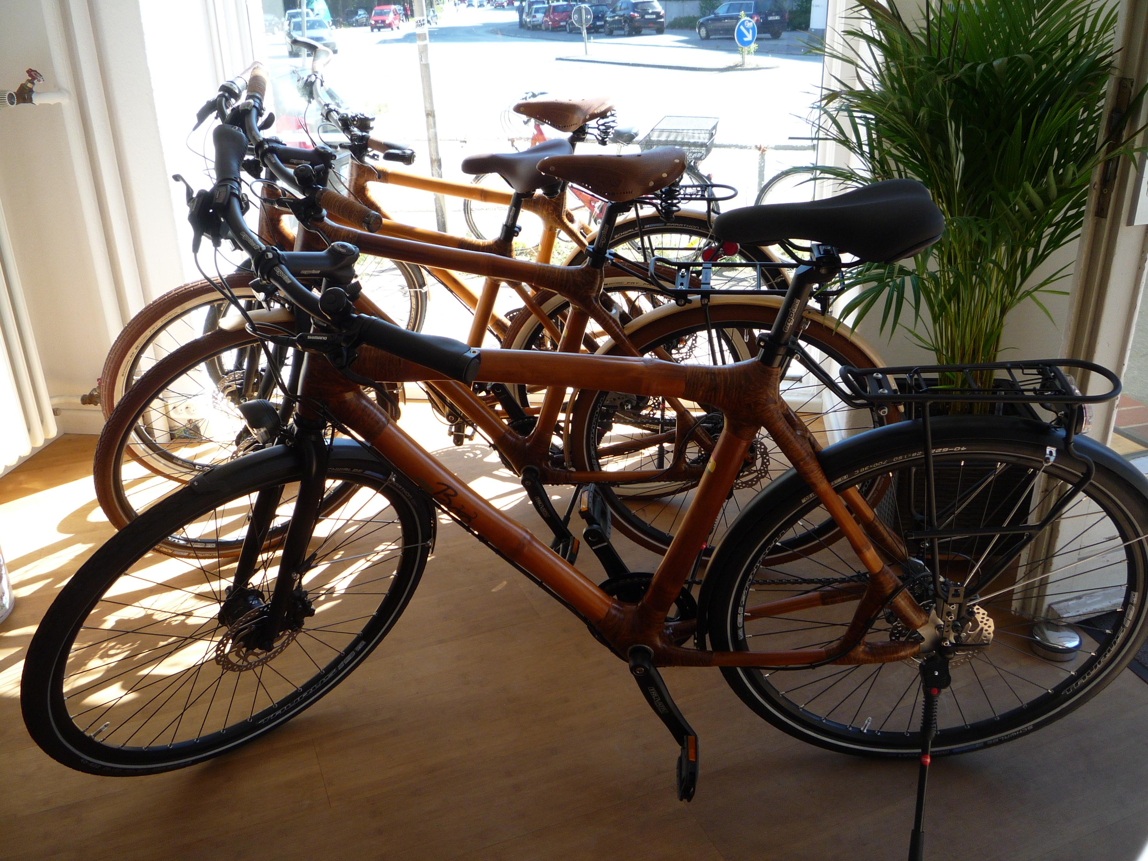 Fahrräder mit Bambusrahmen
